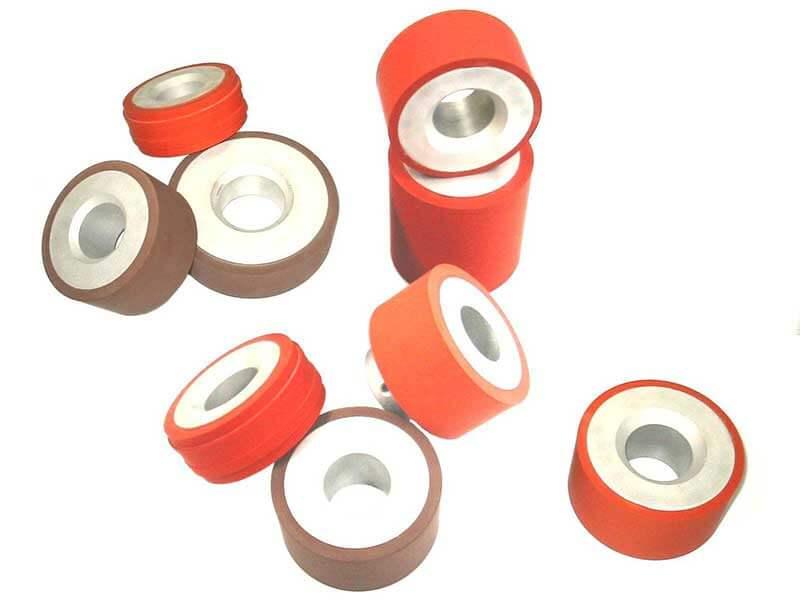 Le marquage à chaud de vos molettes issue de nos machine de marquage s'applique aux pièces de forme plate et cylindrique, avec de multiples duretés.