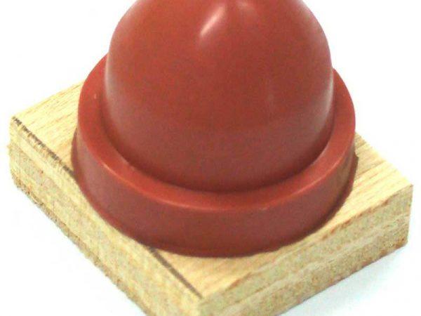 A la fois concepteur et constructeur de machine de marquage, DMA propose aussi des tampons standards ou sur mesure pour la tampographie.